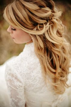 Bride's long loose curls gathered half up bridal hair Toni Kami Wedding Hairstyles ♥ ❷ Wedding hairstyle ideas