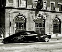 In love with this car.  Belongs to Barry Weiss.  Its his famous Cowboy Cadillac. LOVE!