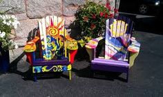 painted chairs - Buscar con Google