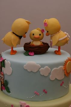 Duck family cake topper by Silk Cakes