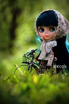 Blythe Doll with dark blue hair
