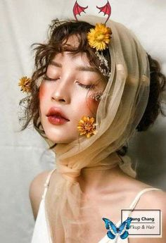 <br> Face Photography, Photography Flowers, Photography Portraits, Photography Ideas, Paint Photography, Photography Lighting, Fashion Makeup Photography, Photography Backdrops, Photography Colleges
