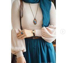 New fashion hijab style outfits Ideas Hijab Outfit, Hijab Style Dress, Hijab Chic, Muslim Fashion, Modest Fashion, Trendy Fashion, Fashion Outfits, Fashion Muslimah, Abaya Fashion