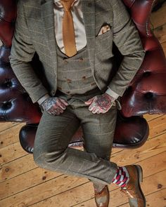 Marc Darcy Ted Tweed Herringbone Check Suit Blazer - Tan- The Ted Check Tweed 3 Piece is a thing of beauty. This will always be one of my favourites. Don& forget the socks 😉. MD Shop the full look: Click the Pin - Vintage Wedding Suits, Green Wedding Suit, Tweed Wedding Suits, Wedding Men, Vintage Groom, Brown Tweed Suit, Mens Tweed Suit, Tweed Suits, Mens Fashion Suits