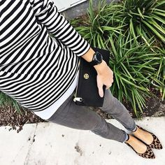 I love the stripes and the leopard print mix # leopard mum ., I love the stripes and the leopard print mix # leopard mum Leopard Shoes Outfit, Grey Jeans Outfit, Leopard Print Shoes, Outfits With Gray Jeans, Pointy Flats, Leopard Print Flats, Leopard Heels, Gray Pants, Mode Outfits