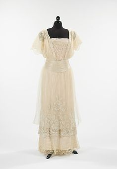 Evening Dress 1911-12