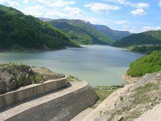 """Dacă nu se iau urgent măsuri, acest baraj din România se va rupe, iar viitura va înghiţi totul în cale! Primele semne au apărut: deja muntele """"fierbe"""", pleacă la drum!"""