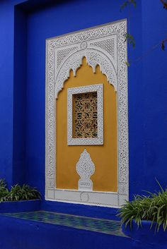 Window at Majorelle Gardens, Marrakech, Morocco Moroccan Design, Moroccan Decor, Moroccan Style, Persian Decor, Islamic Architecture, Art And Architecture, Tableaux Vivants, Moorish, Color Azul