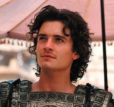 Orlando Bloom (as Paris) - Troy