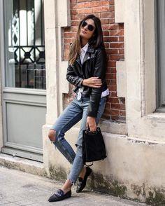 """3,217 mentions J'aime, 35 commentaires - FASHION BLOGGER ☾ (@junesixtyfive) sur Instagram : """"White shirt & Studded biker jacket ♡ Nouveau look sur le blog! Liens et détails ➔…"""""""
