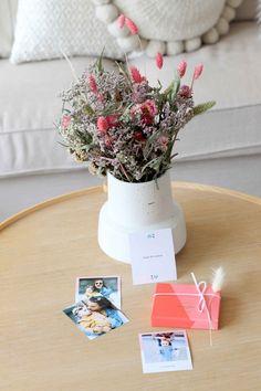 Offre des photos souvenirs à votre maman pour la fête des mères! Diy Cadeau, Photo Souvenir, Community Manager, Vacation Places, Gift Wrapping, Fun, Photos, Gifts, First Mothers Day Gifts