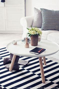 Via Le Butik Sofie | Black and White | Normann Copenhagen Tablo | Ikea Rand Rug and PS Pillow
