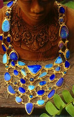 Necklace |  Carolyn Taylor. 'Fishnet bib'.  Iridescent, neon-blue and turquoise coloured boulder opals