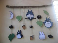 most awesome totoro hanging ever. some mom made this for her daughters totoro party, and the whole party looks like it was way beyond awesome. Baby Shower Favors, Cake Disney, Felt Crafts, Diy And Crafts, Totoro Nursery, Sewing Projects, Projects To Try, Anime Crafts, My Neighbor Totoro