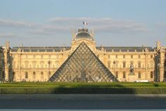 Museo del Louvre (París, Francia)