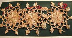 Strohsterne, Christbaumschmuck, 10cm,  3teilig,mit rotem Bändchen