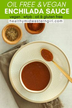 A healthy, authentic vegan enchilada sauce—made without oil or butter—that you can whip up in about 15 minutes. Best Enchilada Sauce, Recipes With Enchilada Sauce, Best Enchiladas, Enchiladas Healthy, Vegan Recipes Easy, Mexican Food Recipes, Whole Food Recipes, Veg Recipes, Fall Recipes