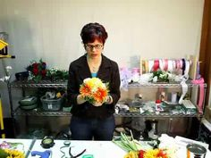 How to Make a 9.5in Gerbera Daisy Bouquet in Yellow Orange