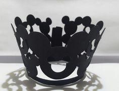 Saia mini Cupcake, corresponde a forminha N°1, personalizo com as cores de sua preferência!! Papel 180 Gramas Faço envio por carta registrada R$10,00 Qualquer Cep!!!!!!!