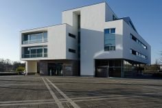 Maasappartementen, Maastricht, Architect: Jo Coenen (2000)