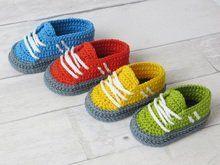 Häkelanleitung, sportliche Sneakers für Babys Baby Patterns, Sewing Patterns, Crochet Patterns, Crochet Baby Clothes, Crochet Shoes, Baby Booties, Baby Shoes, Baby Sneakers, Crochet For Boys