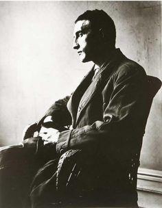 Марсель Дюшан. Французский  и американский художник, один из величайших новаторов в искусстве ХХ века, 1916 год.