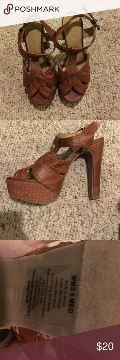 Women's brown heels LC Lauren Conrad Heels, worn once. LC Lauren Conrad Shoes Heels