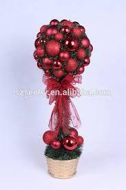 Resultado de imagen para decoraciones navideñas 2016 Christmas 2016, Christmas Wreaths, Xmas, Christmas Ornaments, Tree Decorations, Christmas Decorations, Holiday Decor, Fiesta Art Deco, Modern Christmas Decor