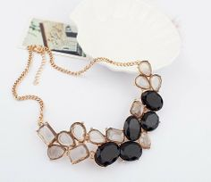 Fashion Summer Style Resin Collar Choker Necklaces  (black)