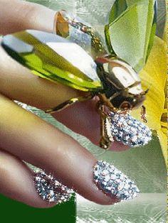 WOMAN'S  WORLD!! ❤️ Nails silver stars.gif