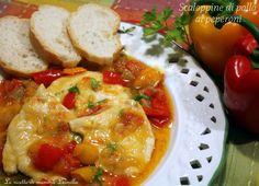 """Le scaloppine di pollo ai peperoni sono un piatto dalla ricetta semplice,adatto come secondo e contorno,piatto unico. Ideali per la""""scarpetta"""",io le adoro!"""