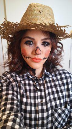 Maquillaje de espantapajaros para mujer