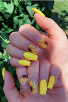 23 Great Yellow Nail Art Designs 2019 1 - Yellow Nails - Best Nail World Acrylic Nails Yellow, Yellow Nail Art, Cute Acrylic Nails, Acrylic Nail Designs, Nail Art Designs, Yellow Makeup, Pastel Yellow, Bright Yellow, Cute Summer Nails