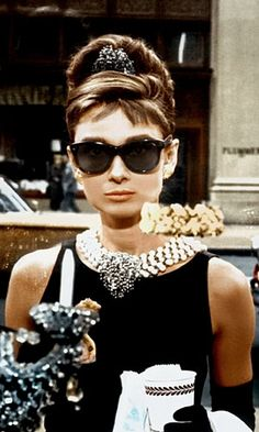 Hair how-to - audrey hepburn - peter lux - beakfast at tiffany's - hairstyle