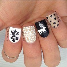 Classy Christmas nail art