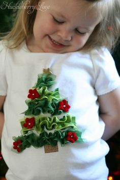 DIY Ruffled Ribbon Christmas tree shirt