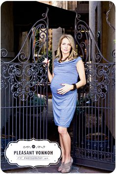 Maternity - stylish, cool and comfortable - ideal for work me thinks!