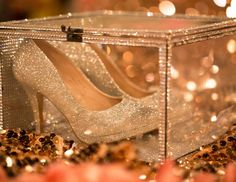 Bizzie Bee Creations 's Quinceañera / Royal Quinceanera - Photo Gallery at Catch My Party Quinceanera Shoes, Quinceanera Planning, Quinceanera Invitations, Quinceanera Party, Quince Themes, Quince Decorations, Quinceanera Decorations, Quince Ideas, Sweet 16 Decorations