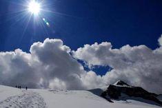 7 spektakuläre Hochtouren in den Alpen – TRAVELBOOK Clouds, Mountains, Outdoor, Mountain Climbing, Alps, Timber Wood, Outdoors, Outdoor Games, The Great Outdoors