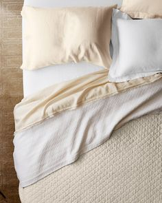 Building upon the soft, airy look and feel of our best-selling linen sheets, we now offer a quilt made from the same textural linen. And like our Eileen Fisher Washed Linen Bedding, this quilt feels wonderful year-round and only gets better over time. Quilted in a classic diamond pattern that holds the lightweight cotton flannel fill in place for consistent warmth.