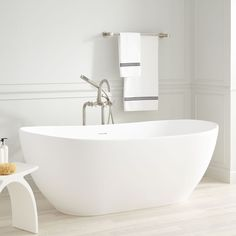 Winifred Resin Freestanding Tub - Matte Finish