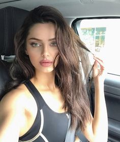 Beautiful Pics of Mahlagha Jaberi (Persian model) - I Most Beautiful Faces, Beautiful Girl Image, Beautiful Eyes, Brunette Beauty, Hair Beauty, Ivana Santacruz, Iranian Beauty, Hair Color For Women, Modern Haircuts