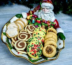 Love baking Christmas Cookies!! If you do too then you should check out Smith's Virtual Cookie Exchange and Holiday Recipe Contest with 5 prizes worth $150 each! Yay! All you do to enter is type up your recipe in a Facebook post on their Facebook - link in bio! Hurry, contest ends December 22nd!⁠ ⁠ #christmascookies #cookierecipe #christmascontest #contest #baking #bakingcontest #christmas #smiths