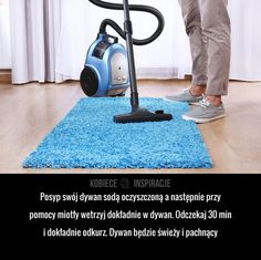 Jak w prosty sposób odświeżyć dywan? Kitchen Organisation, Organization, 1000 Life Hacks, Diy Tattoo, Home Spa, Diy Cleaners, Kids And Parenting, Housekeeping, Interior Design Living Room