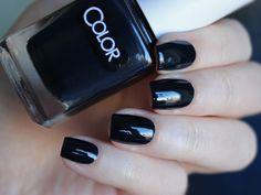 Color Club Naughtycal Navy #nails #polish #nailpolish #naillaquer #manicure #lacquer #nail #nailpolishaddict #nailaddict #polishaholic #nailswatch #nailswow #nailbeauty #beautyillusionblog #ColorClub
