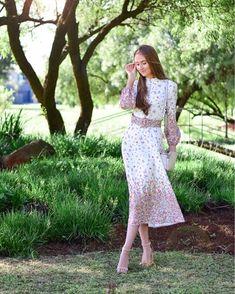 Summer Looks, Lace Skirt, Silk, Elegant, Chic, Skirts, Shopping, Europe, Dresses