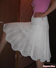 Crochet Skirt free knit graph pattern by Sandy Rochelle Owens Crochet Skirt Pattern, Crochet Skirts, Crochet Clothes, Crochet Patterns, Knitted Skirt, Gilet Crochet, Crochet Shawl, Crochet Yarn, Crochet Feather