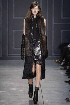 Vera Wang Fall 2014 Ready-to-Wear Collection Slideshow on Style.com