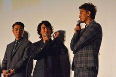 「バクマン。」挨拶で佐藤健「今までの日本映画にない作品」と力強く宣言 - コミックナタリー