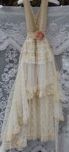 Lace Wedding Dress boho cream vintage tulle by vintageopulence